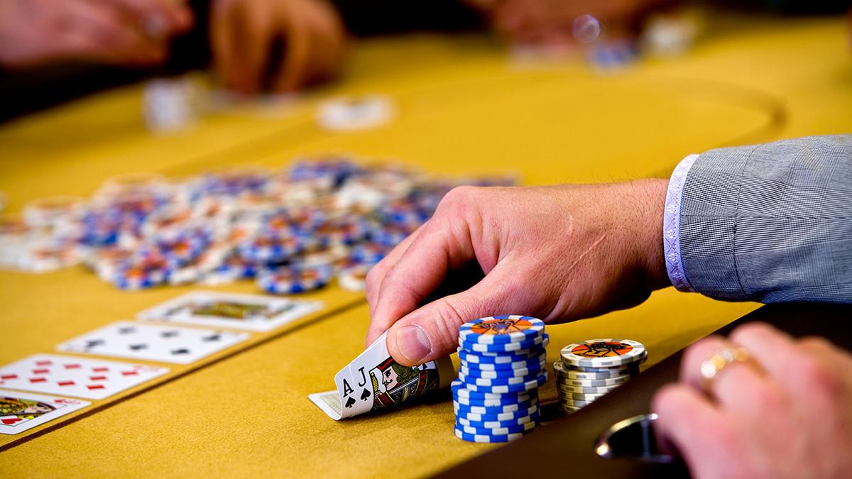 Kesalahan Pemain Memilih Situs Poker Online yang Tidak Tepat